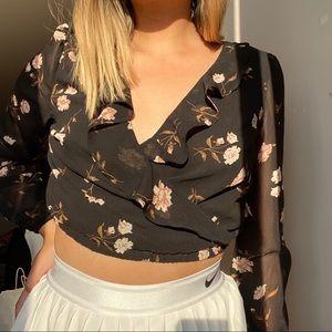 3/$20✨garage mesh floral top long sleeve